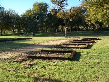 picture of horseshoe pits